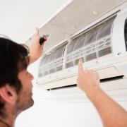 attenzione-pulizia-condizionatori-aria-condizionata-evitare-diffusione-Covid-19